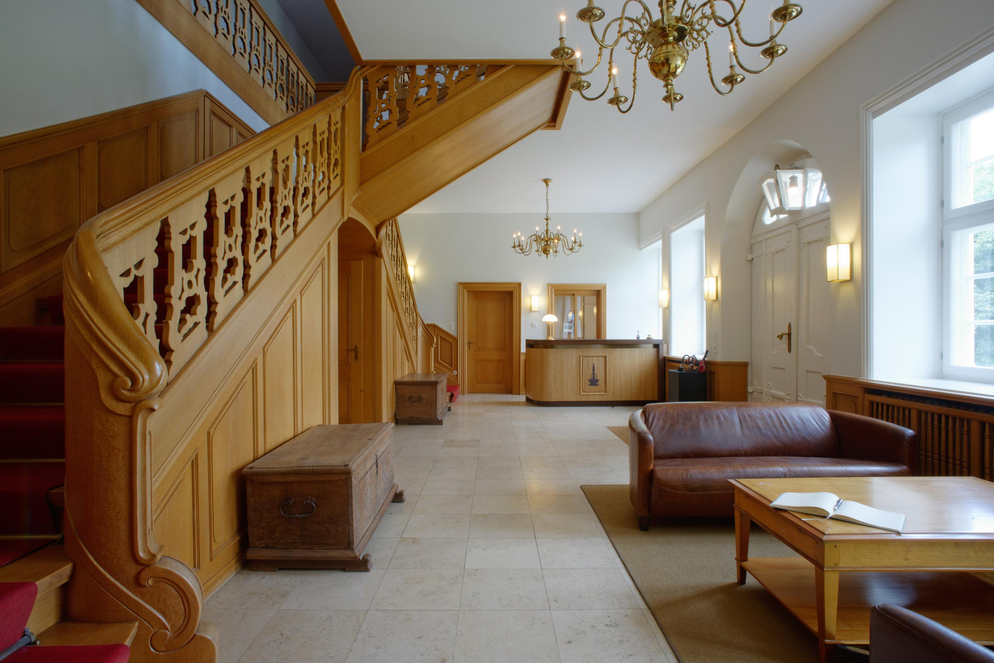 Herrenhaus Möbel kernsanierung herrenhaus gut siggen architektur möbel cattau