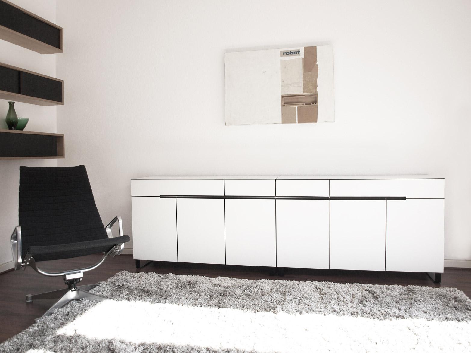 Sideboard01